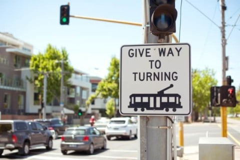 Victoria trials GPS traffic light technology