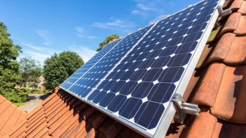 Draft determination makes room for more home solar and batteries