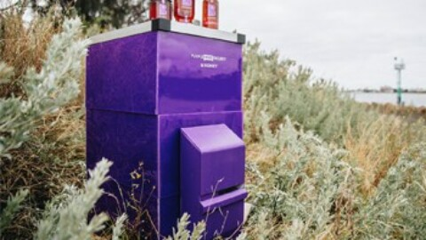 Artificially intelligent beehives help protect Victoria's ports