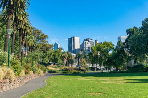 Melbourne endorses ambitious emissions reduction plan